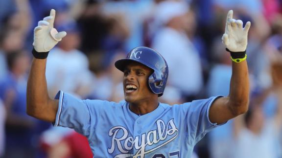 Video - Maxwell's Walk-Off GS Lifts Royals