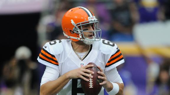 Hoyer-led Browns keep Vikings winless