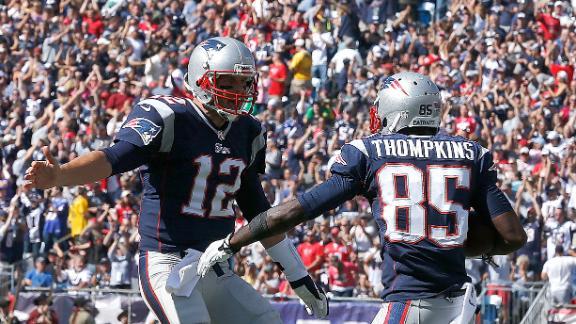 Brady, rookie WRs click as Pats crush Bucs