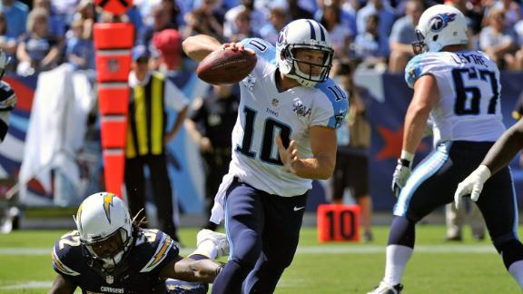 Titans edge Chargers on Locker's TD strike