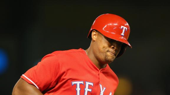 Rangers keep pace, up Astros' slide to 11