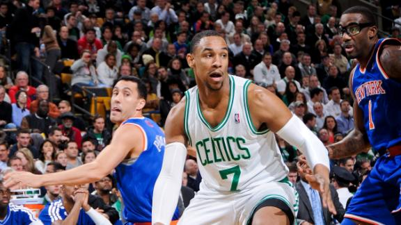 Sullinger's status for start of season uncertain