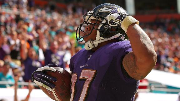 Ravens fight off Dolphins' comeback attempt