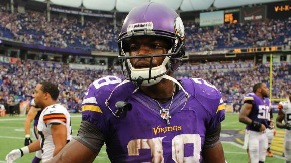 Vikings RB Peterson active, plays Sunday