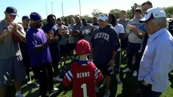 Video - Sam Berns Meets The Patriots