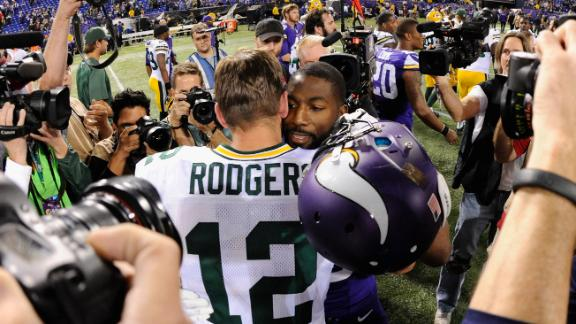 Video - Rodgers-Jennings Hug Awkward?