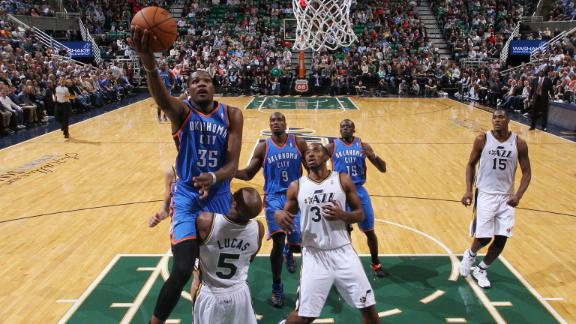 Durant pours in 42 points, powers Thunder