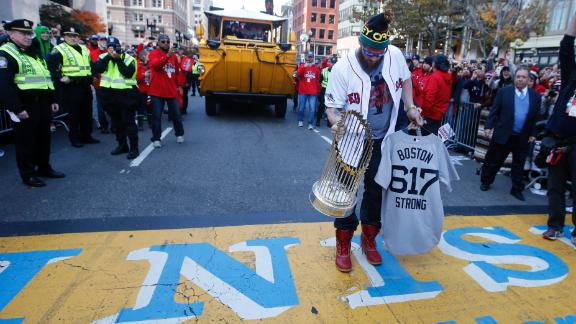 Video - Red Sox Honor Marathon Victims