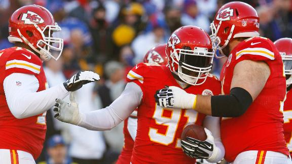 Chiefs improve to 9-0 with win against Bills