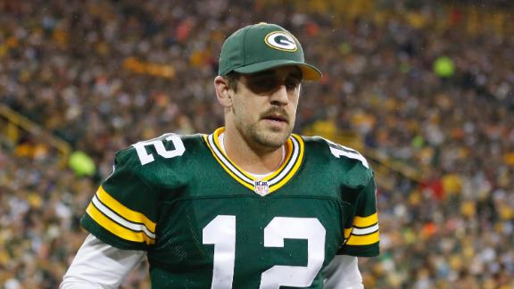 Video - Rodgers Leaves Game In First Quarter