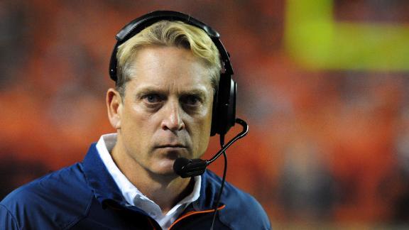 Broncos tab Del Rio interim coach for Fox