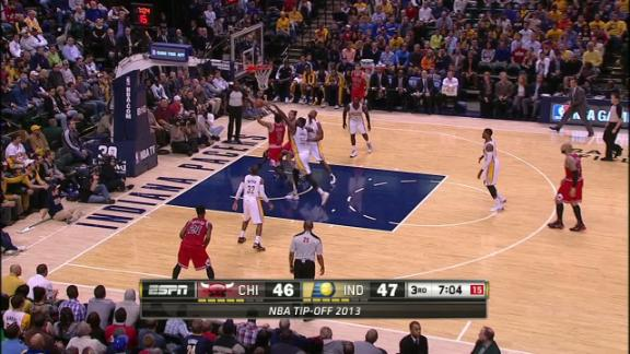 Video - Derrick Rose Leading Bulls in 3rd Quarter