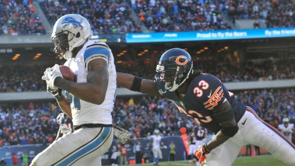 Megatron scores twice as Lions edge Bears