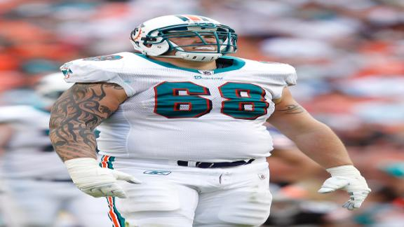 Sources: Incognito files grievance vs. Fins