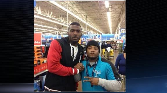 Video - Dez Bryant Buys PlayStations For Fans