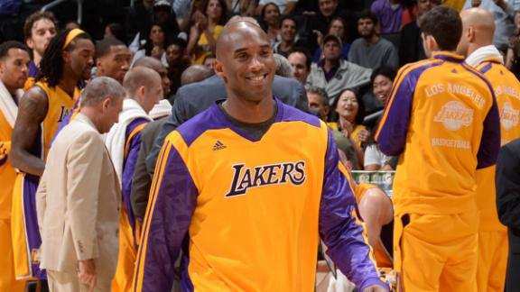 Video - Kobe Bryant Back At Lakers' Practice