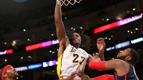 Hill's career night leads Lakers past Pistons