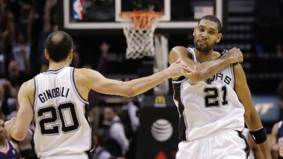 Duncan's last-second jumper boosts Spurs