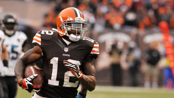 Browns' Campbell cleared to practice