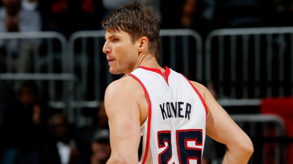 Kyle Korver ties NBA record with 3-pointer in 89th straight gam…