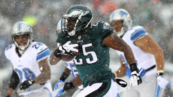 Don Banks: Snow, wind, ice can't slow LeSean McCoy, Eagles
