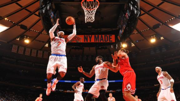 Knicks blow 23-point lead but pull out win