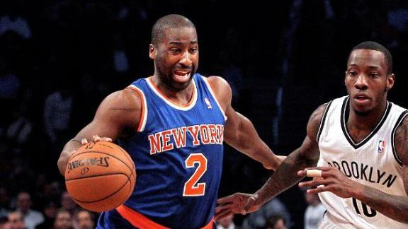 Video - Hamstring Sidelines Knicks' Felton