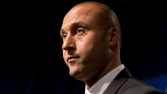 Video - Jeter Has A No-Phone Policy At His House