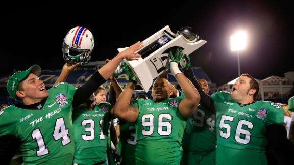 QB Cato shines as Marshall beats Maryland