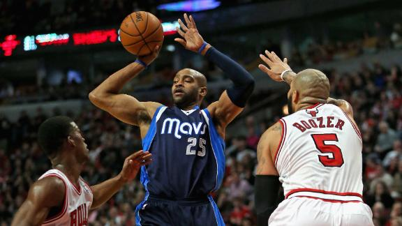 Ellis leads charge as Mavericks pound Bulls