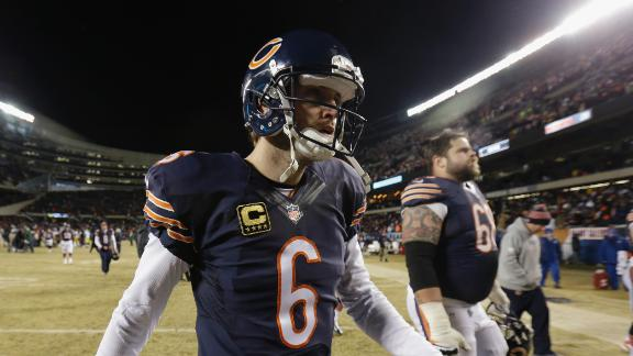 Jay comes before 'D': Bears have to re-sign Cutler