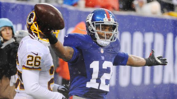 Eli injures ankle, leaves game vs. Redskins