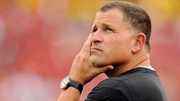 Buccaneers fire coach Schiano, GM Dominik