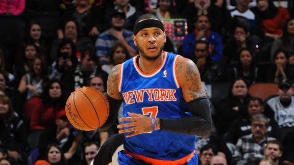 Knicks surprise Spurs in Carmelo's return