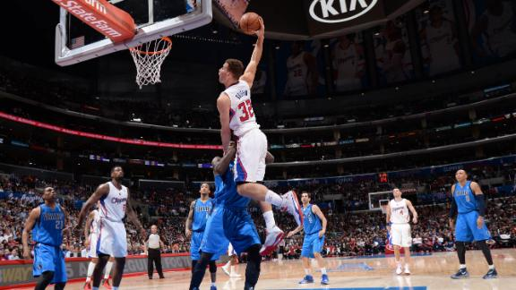 Redick, Clips stage late rally to edge Mavs