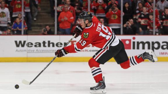 Video - Blackhawks Edge Bruins In Shootout