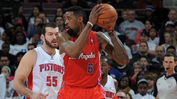 Video - Clippers Breeze By Pistons