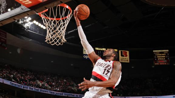 Aldridge nets 44 as Blazers rally by Nuggets