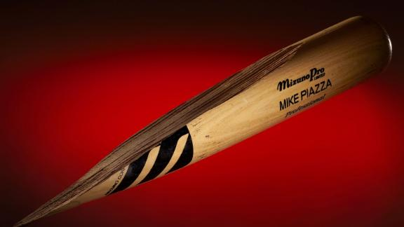 Bat Clemens threw at Piazza up for auction