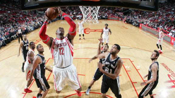Rockets hold off Spurs behind Howard, Lin