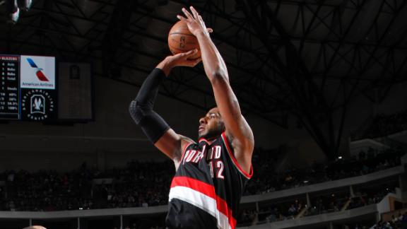 Blazers overcome Knicks despite off night