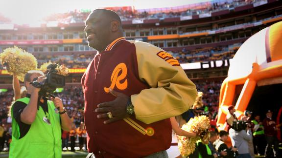 Williams returns to Redskins as an executive