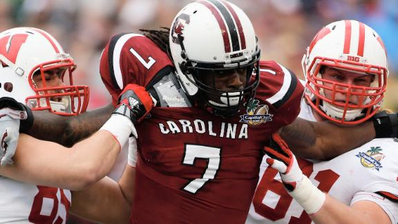 Clowney defends dip in stats with draft on tap