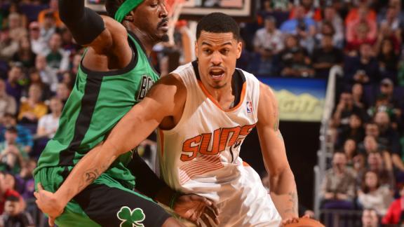 Balanced Suns grit out victory over Celtics