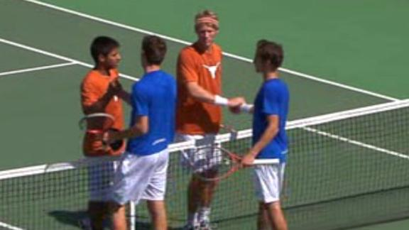 #6 Men's Tennis defeats UT Arlington 6-1