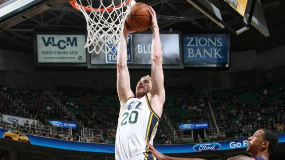 Video - Hayward Powers Jazz Past Suns
