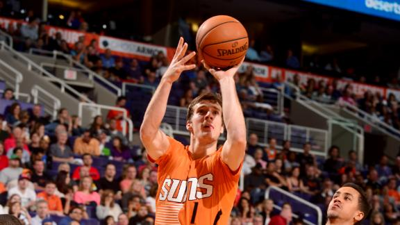 Dragic tops career best with 40 in Suns' win