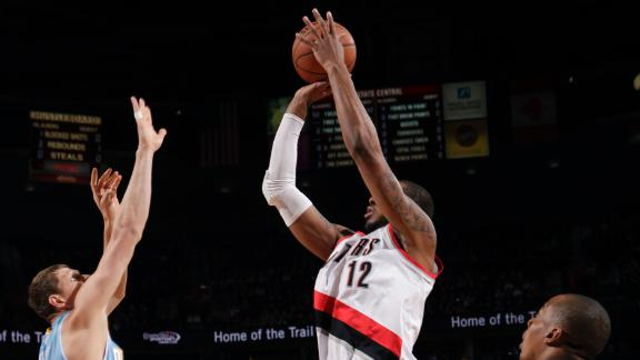 Aldridge returns as Blazers handle Nuggets