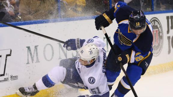 Video - Blues Rally Past Lightning
