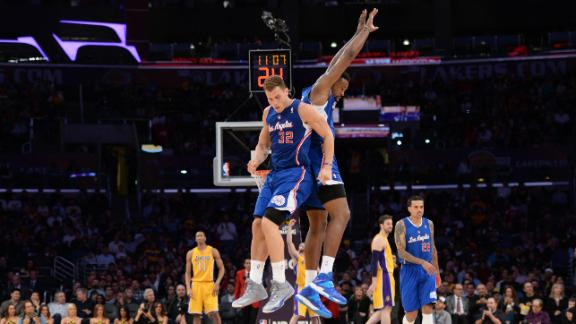 Clippers rout Lakers by record 48